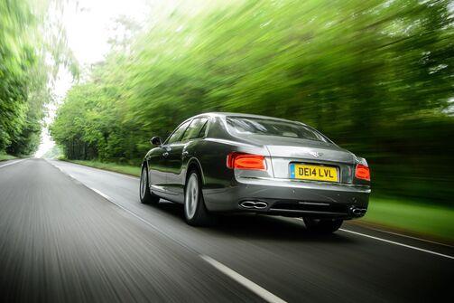 Bentley Flying Spur V9