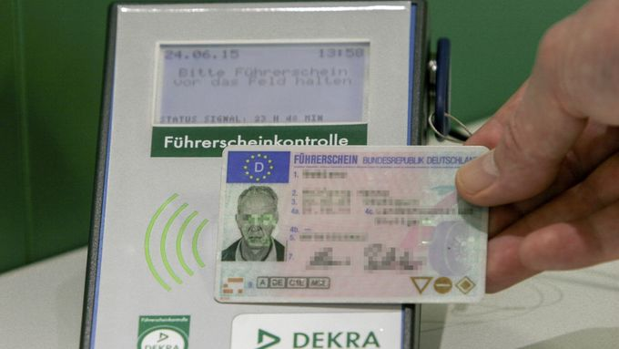 Dekra Führerscheinkontrolle Führerschein