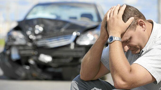 So reagieren Sie richtig nach einem Unfall