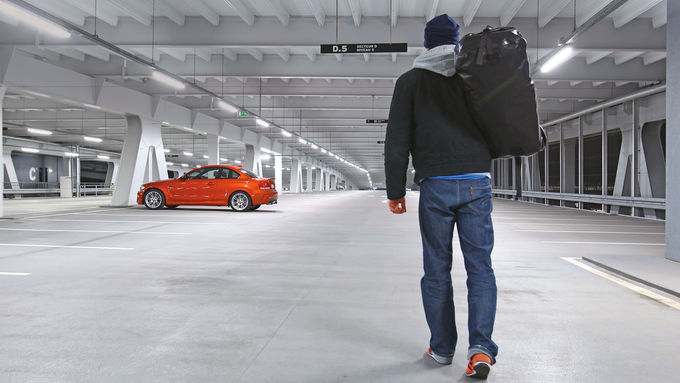 BMW Einser M Coupé, Parkhaus, Dani Heyne