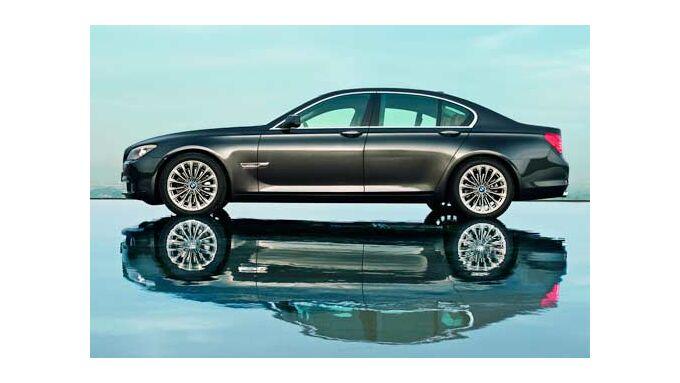 Der neue 7er BMW wartet mit technischen Neuerungen auf.