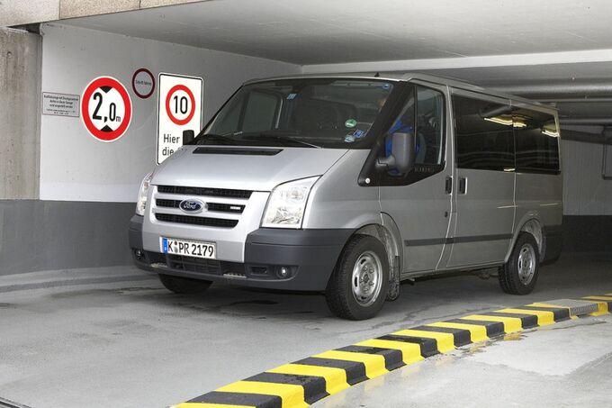Ford Transit Tiefgarage Einfahrt