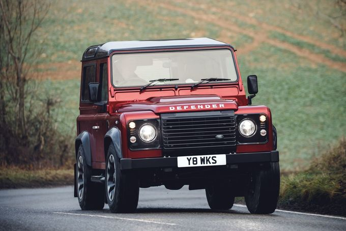 Land Rover Defender V8 2018