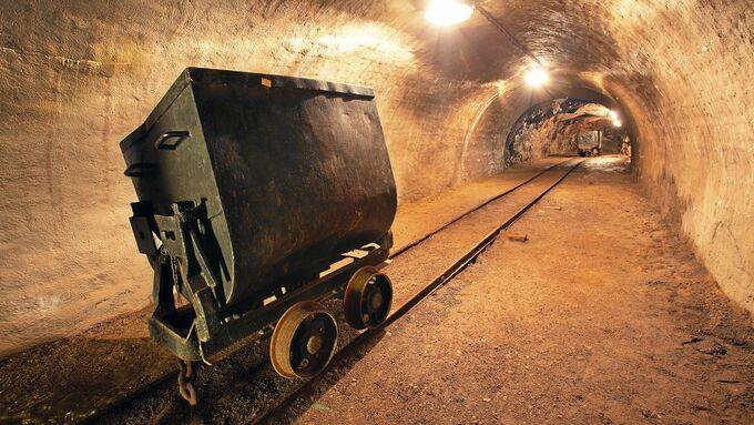 Mine, Abbau, Bergwerk