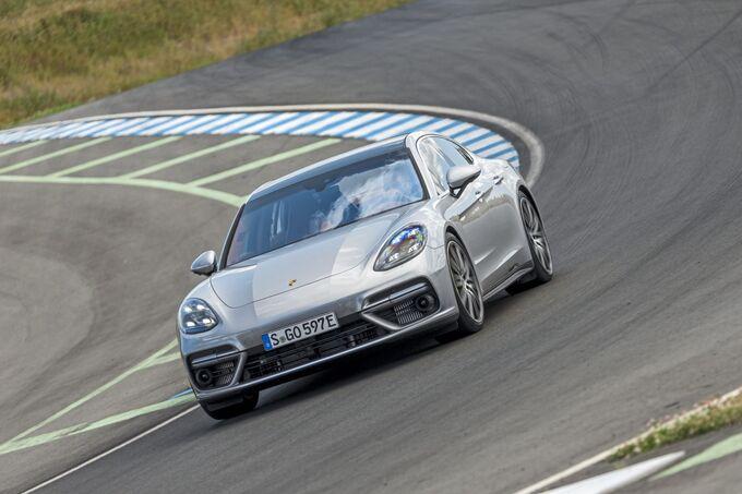 Porsche Panamera Turbo S E Hybrid 2017