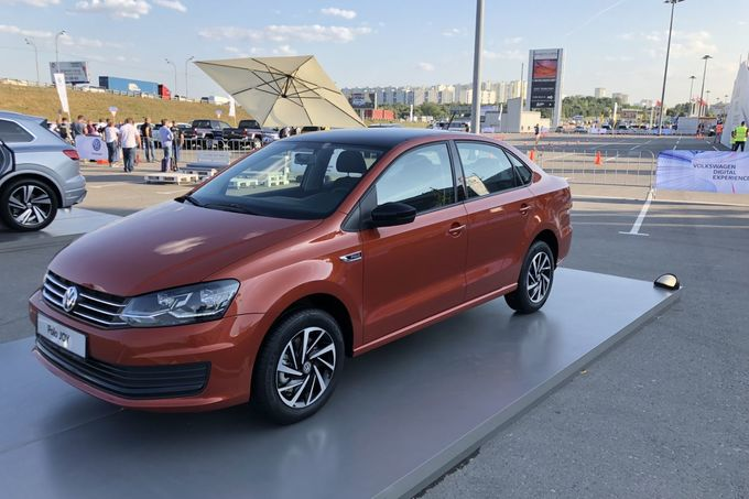 VW Polo Limousine 2018