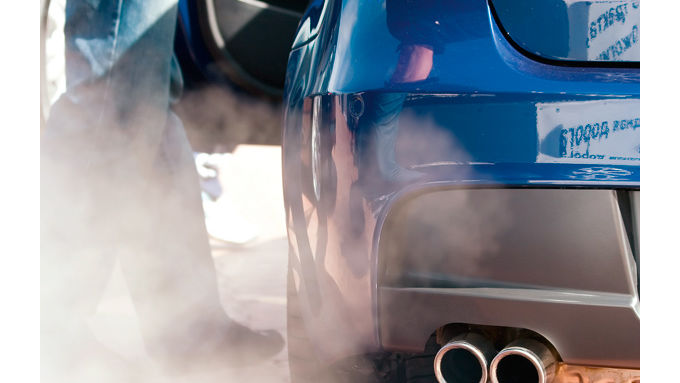 Wniger CO2 dank des Cleaner Car Contracts